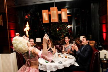 Fire Eater Dinner Party Fire Eating Marie Antoinette Dining
